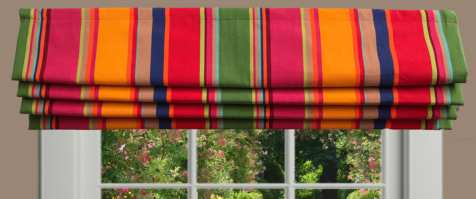 Superbe Striped Roman Blinds