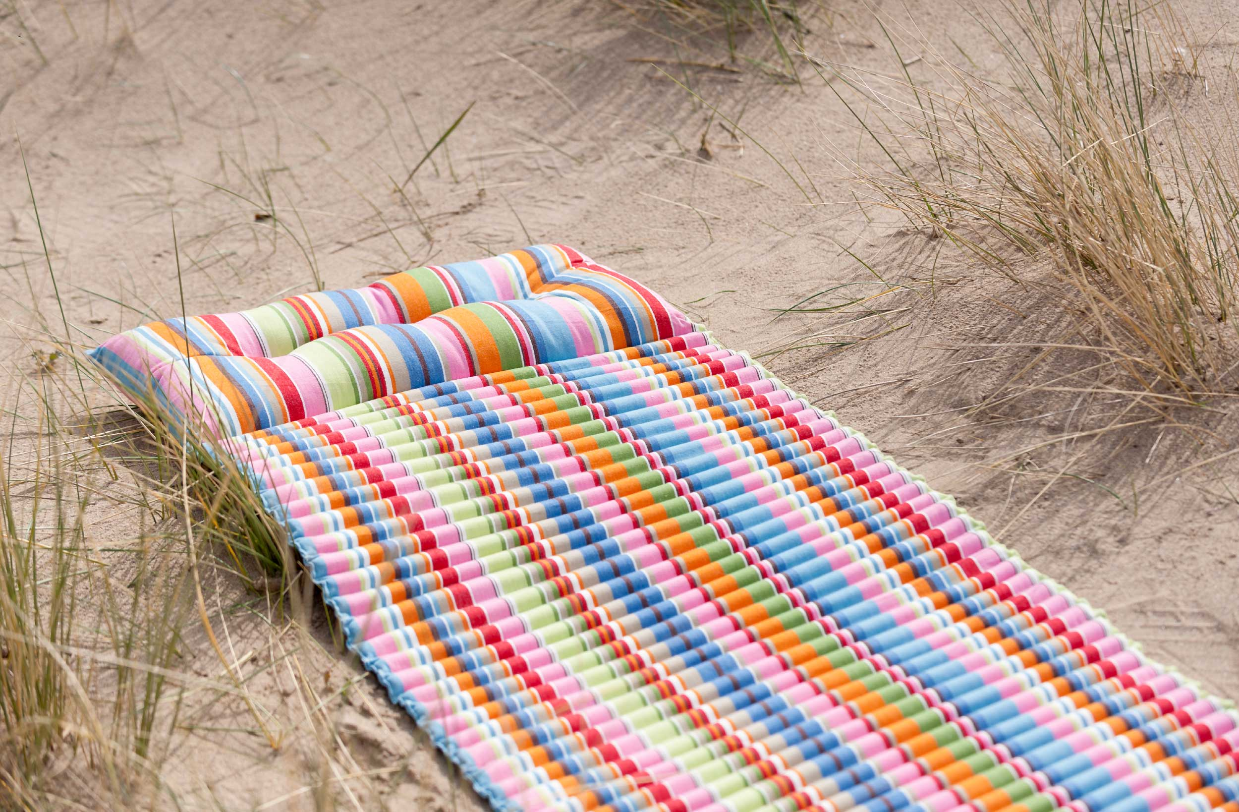 blue and pink beach mat roll up beach mattress with pillow