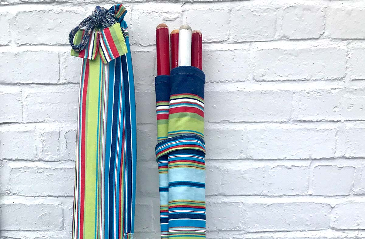 Pale Blue Striped Beach Windbreak - Waterpolo Stripe