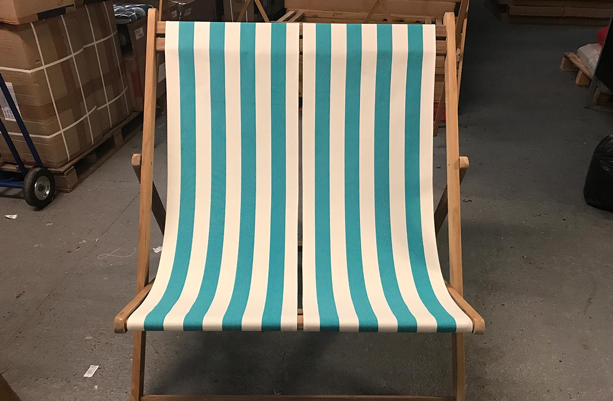 Double Deckchairs turquoise, white