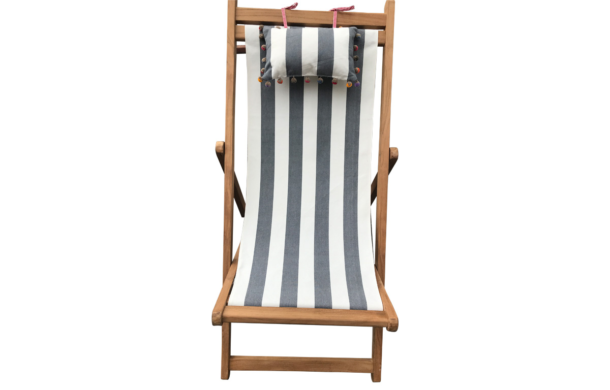Grey and White Stripe Teak Deckchair with Headrest and Pockets