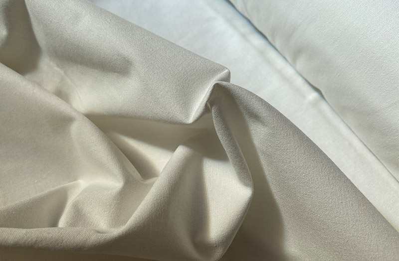 Curtain Lining Poly Cotton - Ivory