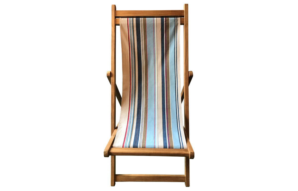 Premium Deck Chairs with pale blue, light grey, royal blue striped removable cover