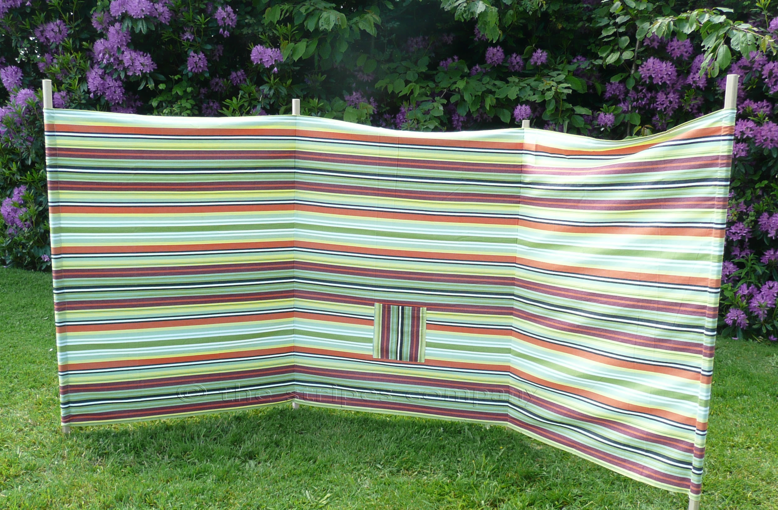 Beach windbreaks the stripes company uk for Garden windbreak designs